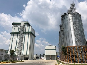 Foreign animal feed firms expand in Viet Nam