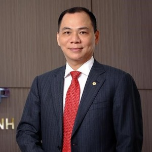 Billionaire Vuong moves up in Forbes ranking