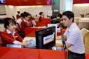 Moody's raises HDBank's rating to B1