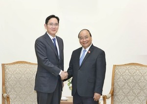 PM asks Samsung to turn Viet Nam into its biggest hub