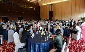 VN supports foreign investors