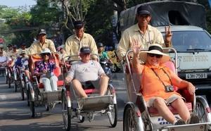 International tourist arrivals pass 14 million in 11 months