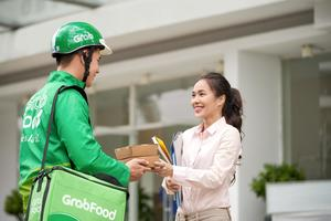 Grab launches food delivery service in Da Nang