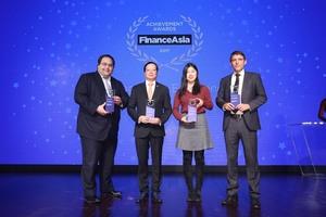 Vietjet's IPO wins 'Best Viet Nam Deal' award