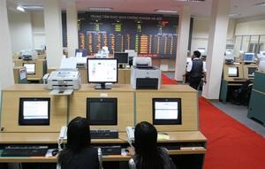 Massive selloff hits VN stocks