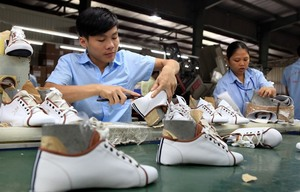 Restructure economy to boost new firms: official