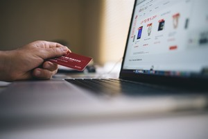VN leads mobile e-commerce growth in Southeast Asia