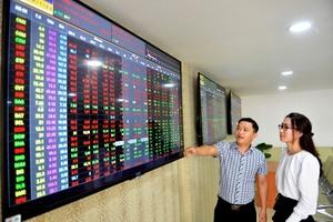 Bargain hunters rescue VN stocks