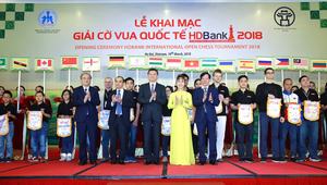 HDBank Cup International Open Chess Tournament moves to Ha Noi