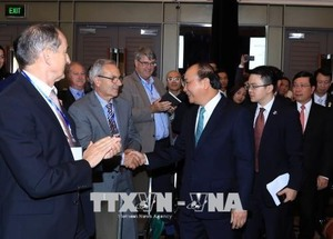 PM welcomes Australian firms to Vietnam