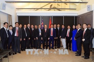 Prime Minister meets with Vietnamese businessmen, intellectuals in Australia