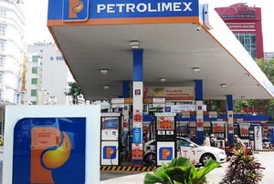 Petrolimex loses 24% in post-tax profit in 2017