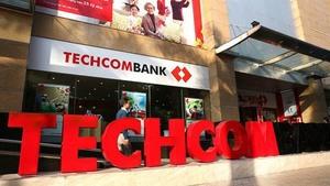 Techcombank applies for listing in HoSE