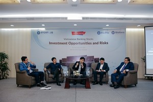 Banking sector to enjoy strong 2018: experts