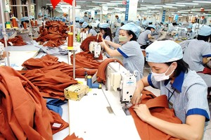 Garments gain 2nd-largest export value