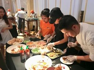 Streets International holds fundraising dinner
