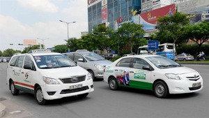 Level playing field needed in taxi industry