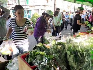 HCM City gets 6th safe farm produce market