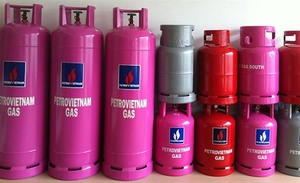 Cooking gas prices up VNĐ18,000 in southern regions