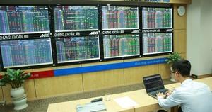 VN stocks positive on ETF reviews