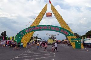 Tinh Bien – An Giang int'l trade fair opens