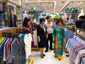 Vinatex opens fashion centre in Ha Noi