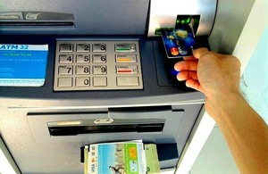 Gov't aims to boost public service payment through banks