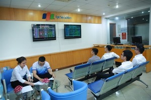 Shares extended gain but volatility remains