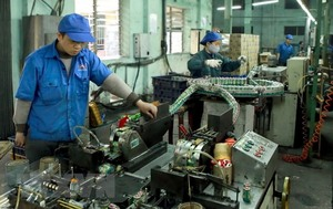 Viet Nam's PMI remains top in ASEAN
