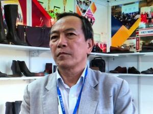Footwear industry at technological crossroads