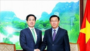 Deputy PM voices support for Lotte expansion