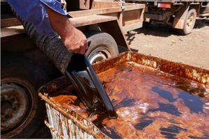 Viet Nam exports molasses to drought-affected Australian regions