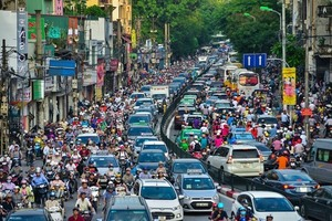 Ha Noi targets 7.4-7.6% economic growth for 2019