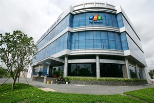 FPT earnings grow steadily