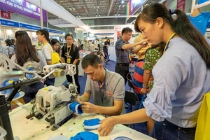 Over 500 firms to take part international textile and garment industry exhibitions in HCM City