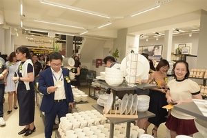 VI Furniture opens first Index Living Mall Furniture store in HCM City