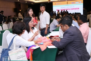 Viet Nam, India enhance closer co-operation in textile sector