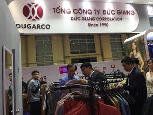 Viet Nam International Fashion Exhibition 2019 opens