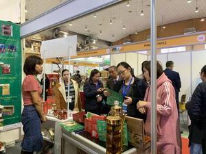 Nearly 200 exhibitors join Vietnam Medipharm Expo 2019 the capital