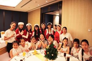 Sheraton Saigon Hotel & Towers kicks off Christmas season with tree lighting ceremony