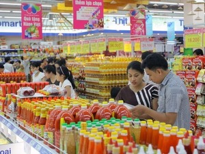 Domestic retailers urged to team up to compete with foreign rivals