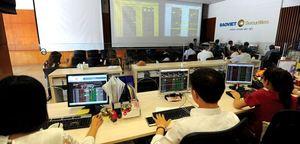 Oil stocks lift market