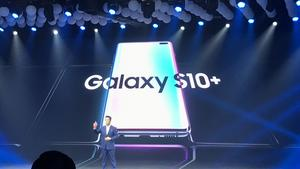 Samsung launches Galaxy S10 in Viet Nam