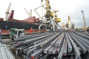 Viet Nam exports $97.4 million goods to Laos in Jan-Feb