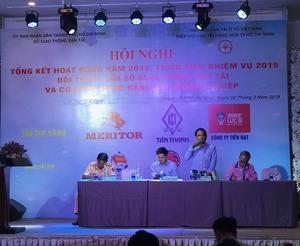 HCM City transport authorities, firms discuss problems at dialogue