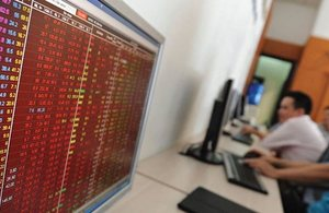 Shares extend losses amid rising selling pressure