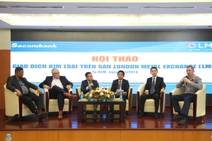 Sacombank organises seminar on metals trading on London exchange