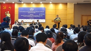 Viet Nam urged to further improve administrative procedures