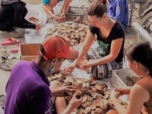 Ben Tre coconut products to be sold online