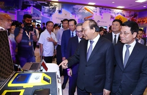 Tech can lead Viet Nam past the middle-income trap: forum